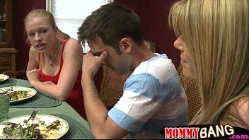 Stepmom Kristal Summers nasty threesome