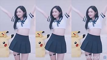 公众号【是小喵啦】韩国主播皮丘PICHU学生制服热舞