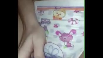 Diaper girl masturbating with diaper on - more videos on amateursdiapergirls.tk
