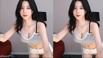 คลิปเสียวสาวเกาหลีอย่างน่ารักมาเต้นโชว์ลีลาสุดเซ็กซี่หีเหม็น