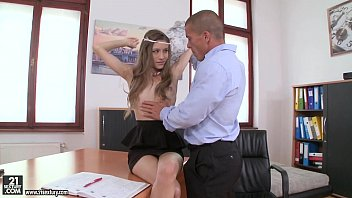 Secretary xxx small tits - Rebel lynn has orgasms on her boss dick