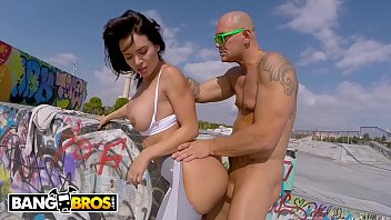 BANGBROS - Franceska Jaimes Gets Anal Fucked In Public By Nacho Vidal