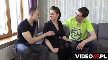 Polish porn - MILF from a housing cooperative fucked by two annoying tenants