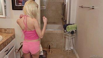 Blowjob fantasy panties - Daddy sniffing her step daughter piper perris panties