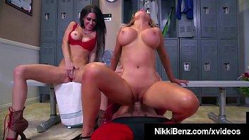 WWE? Naked Nikki Benz & Jessica Jaymes Milk Pro Wrestler!