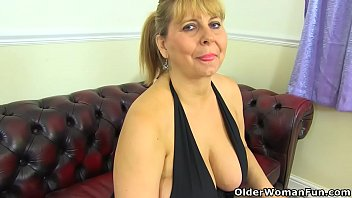 Mature port tube Busty milf alexa doesnt wear knickers today