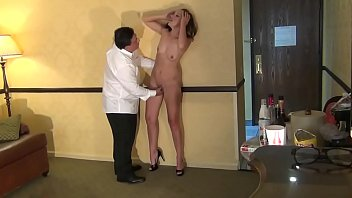 Bussiness woman satisfied in hotel room  - 69VClub.Com