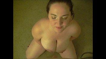 Amateur cumslut Laura Dee begs for facial