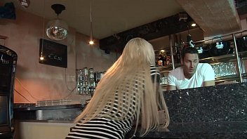 Diary of a milf deauxma - Julies diary - die cocktailbar
