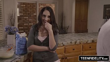 TEENFIDELITY Good Girl Nickey Huntsman Gets Naughty After Bible Study thumbnail