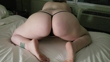 PAWG POPPIN