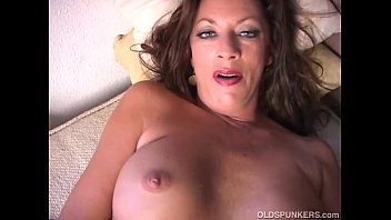 Mature strip masturbating Sexy cougar strips and frigs her juicy pussy