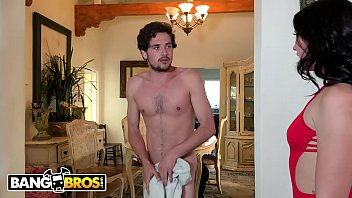 Bangbros - Tyler Nixon Gets Caught Jerking Off To His Pawg Step Sister Mandy Muse
