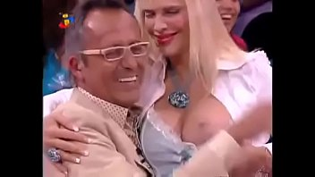 Cicciolina tenta converter Manuel Luís Goucha sem sucesso