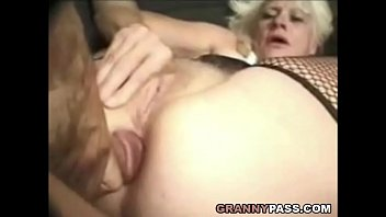 Barbie Face Gra nny Does Anal With Big Cock ith Big Cock