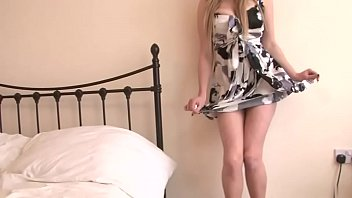 Blonde slut with curves to die for poses in bed