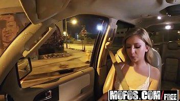 Mofos - Stranded Teens - Kelly Greene - Naughty Teen Banged From Behind
