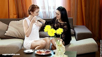 Coffeetime Tryst - by Sapphic Erotica lesbian sex with Agnessa Lilianna