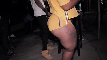 Jamaica girls skinout