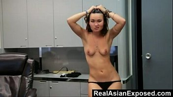 Office Dancing and Stripping Free Cam Girl Porn Video On Ehotcam.com