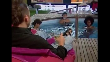 Big-Brother-UK-Naked-Pool-Orgy