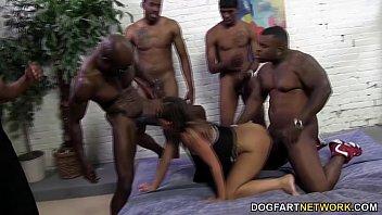 Jamie Jackson gets gangbanged by big black cock porno izle