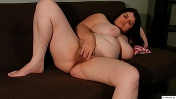 chubby big tit wife hairy pussy rub-Get CAMS of girls like this on  BBWLADIES.GQ thumbnail