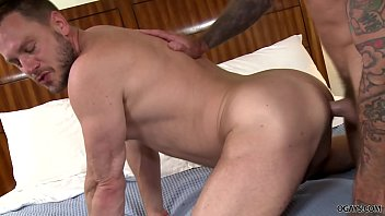 Sean Duran and Hans Berlin having bareback anal sex Vorschaubild