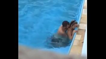 Sexo na piscina em Catolé do Rocha