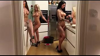 Transgender mannequin Nude mannequin challenge
