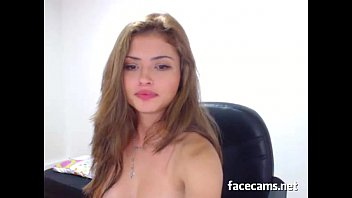 Hot Teen With A Huge Dildo In Her Wet Pussy - FaceCams.net