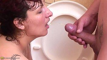 mature toilet piss