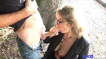 Lola, entre fellation et sodomie, la prof sait ce qu'elle fait 15分钟