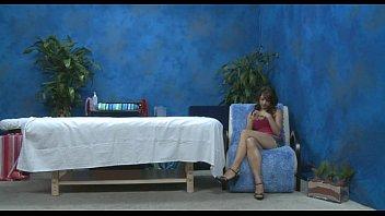 Порно видео онлайн молодая на массаже
