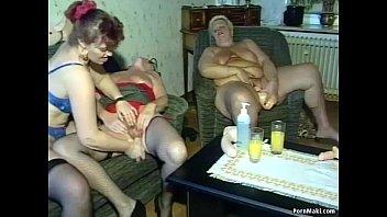 Hardcore groupsex with grannies Vorschaubild