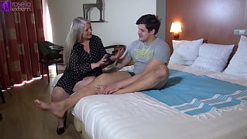 18year Young Cock Fucked My Milf Holes  Bareback  In A Hotel!