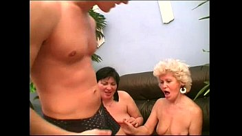 Sexy young women fucking older guys Sexy mom effie shares a young cock