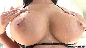 Big booty latina Gia Milana deep anal penetrated by BF