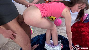 Pigtailed teen girl gets bald pussy cum on