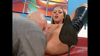 Image: Memphis Monroe fucks with her boots on