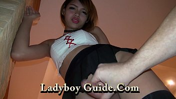 Cracked website shemale - Super sexy ladyboy with clean ass crack
