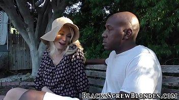 Ho gets interracial oral - 69VClub.Com
