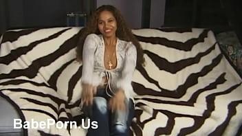 Ebony latinas in jeans