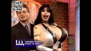 Maury lesbian Mistress rhiannon showing her bf