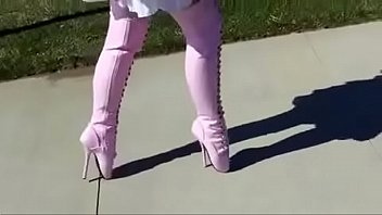 Ballet shoe fetish pics - Best mom flashing in pink ballet boots. see pt2 at goddessheelsonline.co.uk