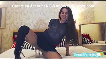 Piss webcam Crazy jalace drinking her own pee