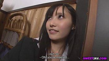 สาวสุดสวยญี่ปุ่นในชุดสาวออฟฟิศสุดเซ็กซี่ ได้เย็ดกับหนุ่มสุดเร้าอารมณ์แอบถ่ายหี