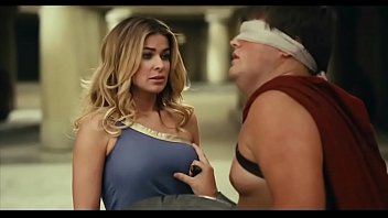 Carmen electra nude sex movie clip Carmen electra meet the spartans boob press