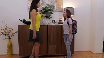 Teen boy fucks girlfriends mom - Lily jordan and the older reagan foxx - girlfriendsfilms