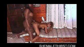 Black shemale fucking clips Black shemale bomb fucks ts ass
